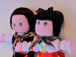 Muñeca de trapo artesanal